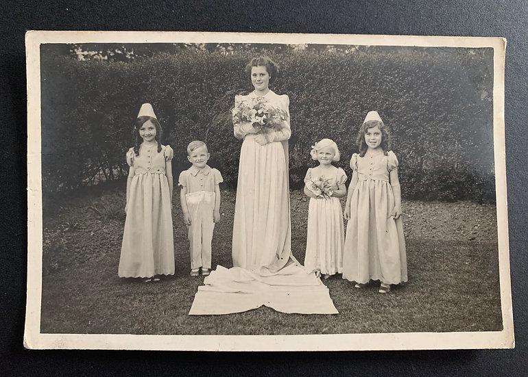 Lovely Wedding Portrait with Beautiful Children