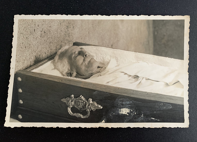 Post Mortem Gentleman in Coffin