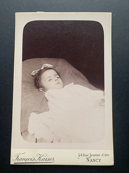 Post Mortem Young Girl - Cabinet Card