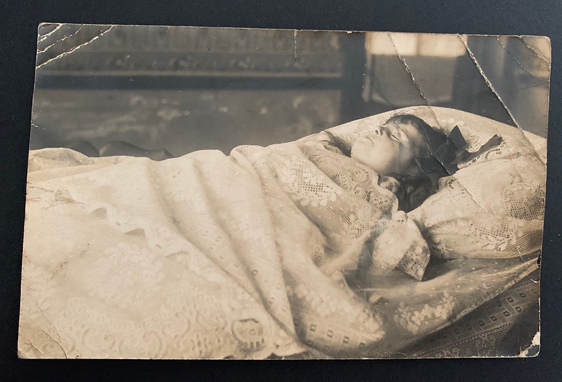 Post Mortem Young Child Postcard