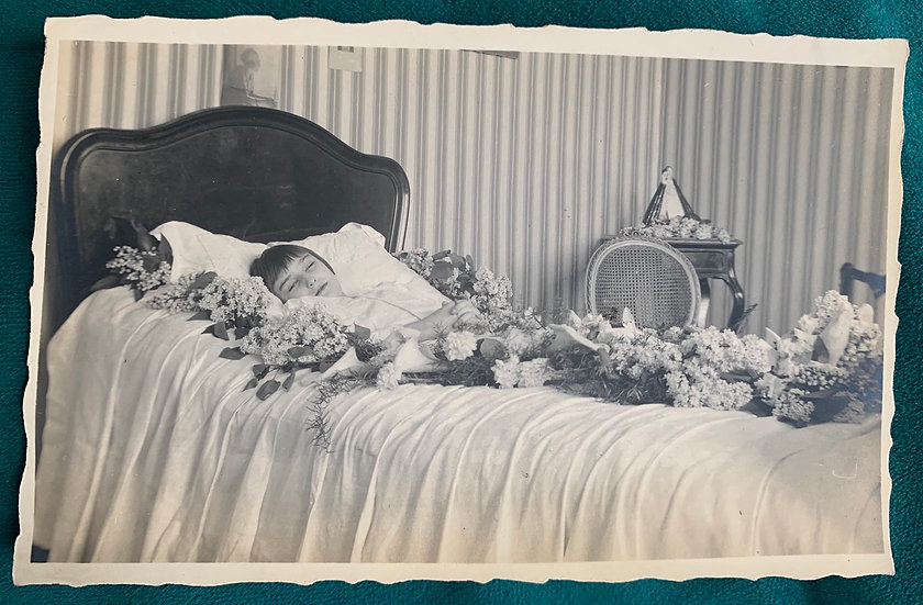 Post Mortem Young Girl