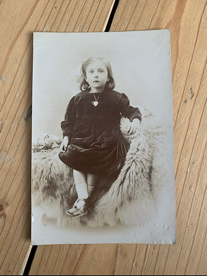 Little Freda Age 3 - 1919 postcard