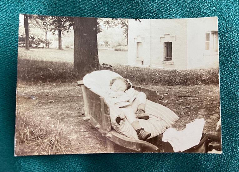 Possible Post Mortem Photograph