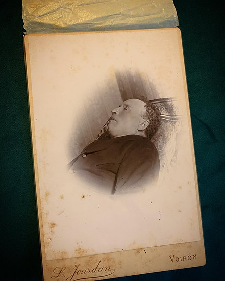Post Mortem Cabinet Card with original cover
