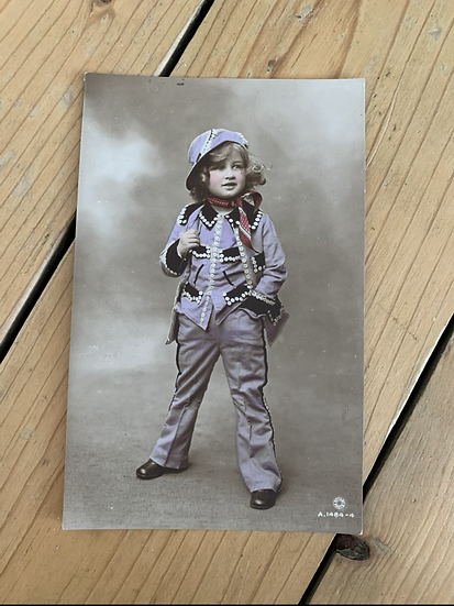"""Pearly Queen"" Rotary Photo Postcard"