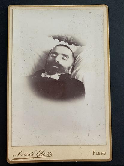 Post Mortem Gentleman - Cabinet Card c1890