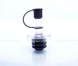 Pico vertedor para condimentos color negro