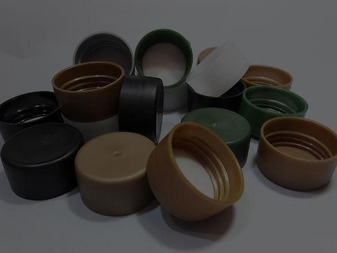 Tapas plasticas de diversos colores