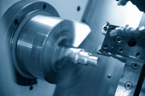 CNC Turning and Milling: What's the Difference?