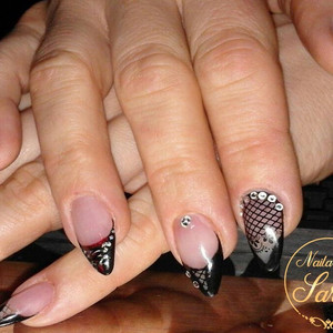 Gothic Nails Nailart Rock Gothic.jpg