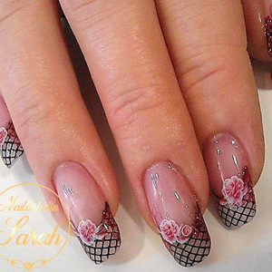 French mit Netz rosen Nail Art.jpg
