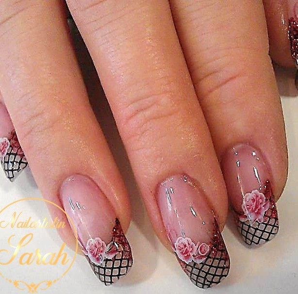 French mit Netz rosen Nail Art.jpg