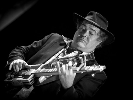 Steve Brings the Blues to the Netherlands During European Tour