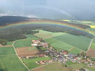 Fliegen Regenbogen