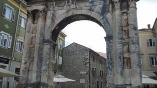 Arch of the Sergii - Pula