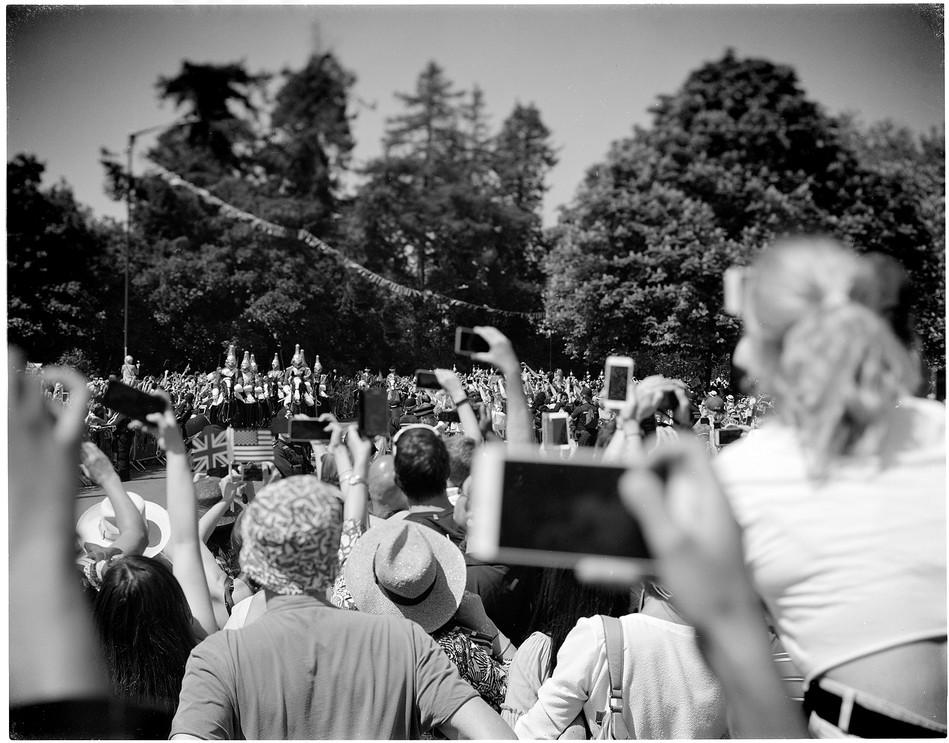 Generation Mobile Phone Windsor Royal Wedding 2018  Wedding of Prince Harry and Meghan Markle