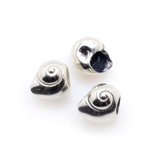 Silver Charm   Moon Shell
