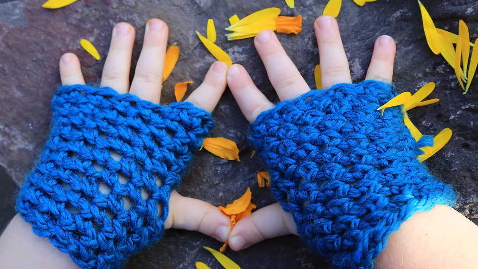 little kids size 2 years to 5 years old * washable reversible fingerless mitts *
