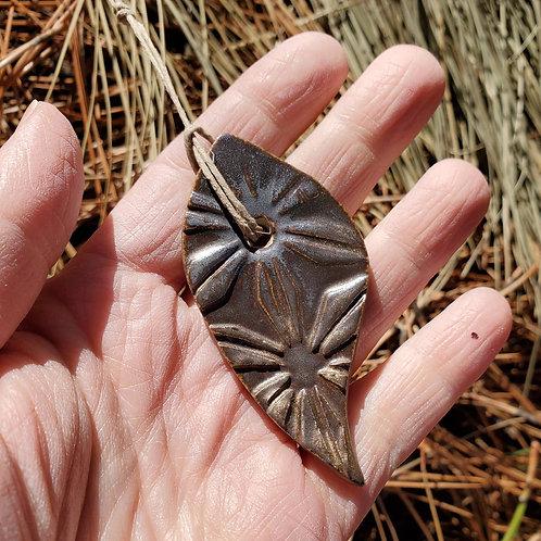 golden textured leaf - ceramic ornament