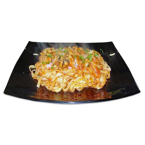 ΜΑΡΙΝΑΡΑ - Κόκκινη σάλτσα/γαρίδες/μύδια/λευκ κρασί