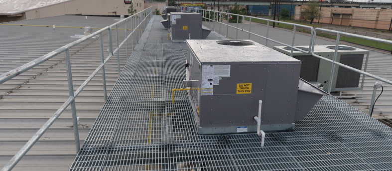 Rooftop Units installed on Platform for a Dialysis Clinic