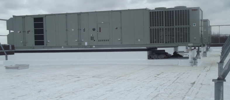 120 Ton Rooftop Unit on Multi-story Medical Office Building