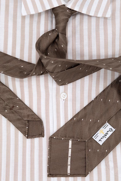 Brown jacquard tie: herringbone patterns
