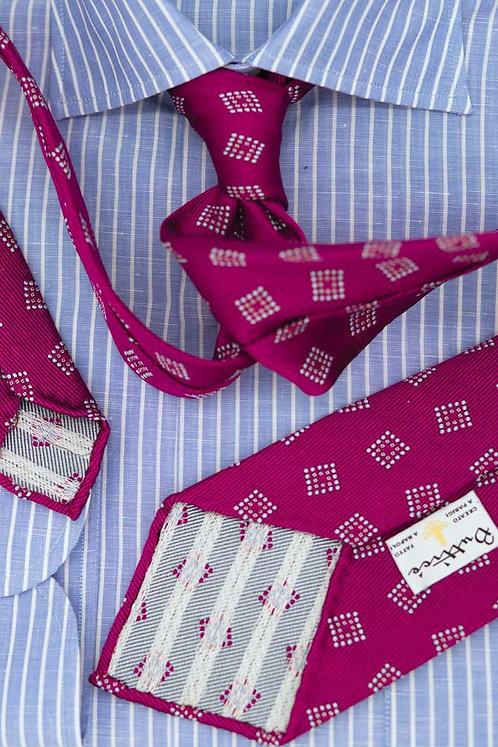 Cravate jacquard framboise : motifs carrés pointillés
