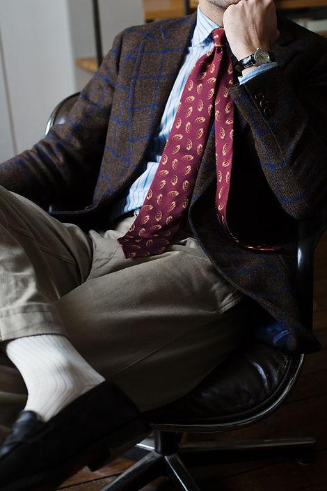 cravate-buttice-jacquard-rouge-veste-bes