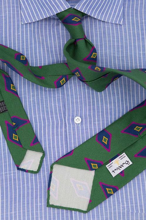 Cravate imprimée verte : motifs losange bleu/fuxia