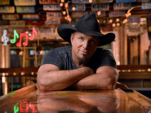 Garth Brooks Is 1st Artist w/ Top 5 Singles In 5 Consecutive Decades