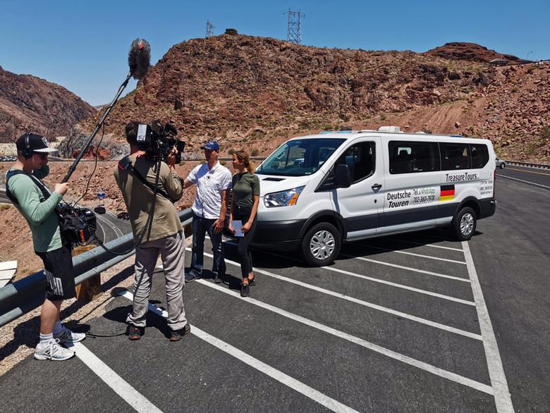 Dreharbeiten am Hoover Staudamm mit Treasure Tours of Nevada