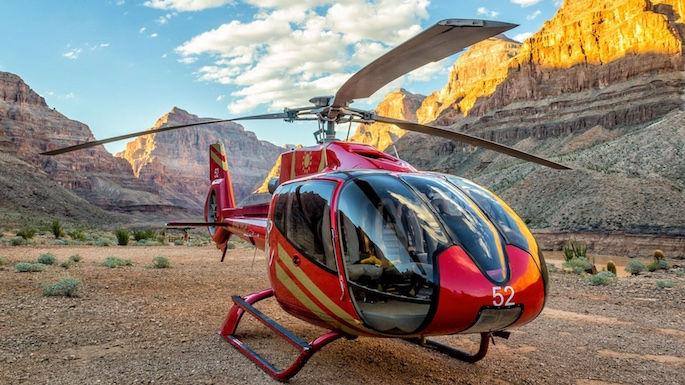 Grand Canyon Hubschrauber Landung am Colorado River - Treasure Tours of Nevada - deutsche Touren