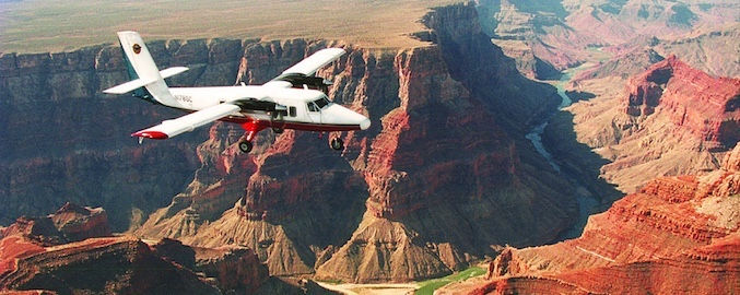 Grand Canyon Flugzeug Tour ohne Landung - Treasure Tours of Nevada - deutschsprachige Touren