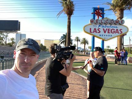 Rene-Meinert-Las-Vegas-Sign.jpeg