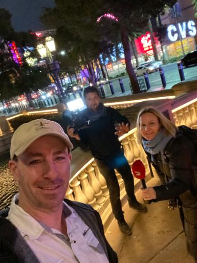 Rene-Meinert-Las-Vegas-TV-Team.jpeg