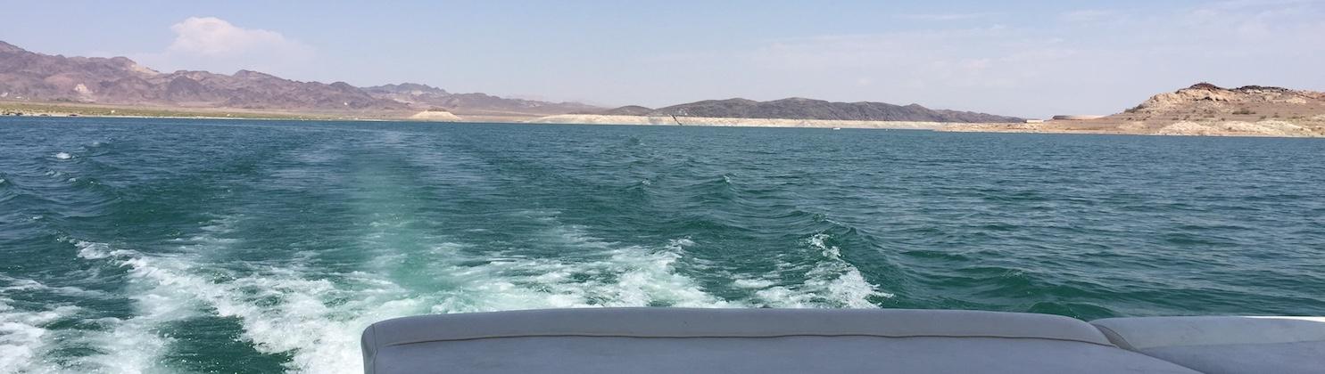 LasVegas-Treasure-Tours-of-Nevada-deutschesprachige-Touren-LakeMead-Boot