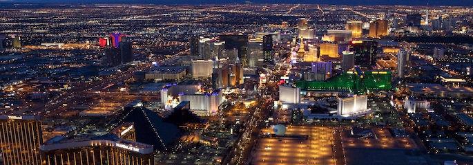 Las Vegas Heli Nachtflug - Treasure Tours of Nevada - deutschsprachige Touren