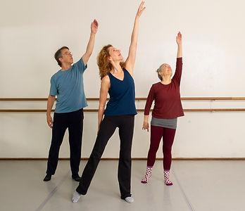 Reach up Dance_Technique_Robin_Nasatir_2