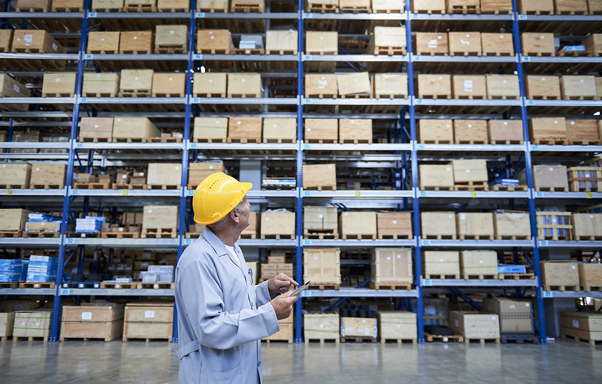 Worker-checking-the-storages-in-warehous