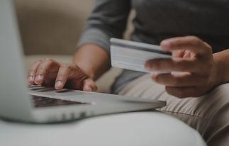 Internet-shopper-entering-credit-card-in