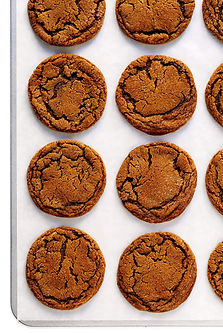 Chewy-Ginger-Molasses-Cookies-Recipe-1-1