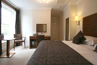 executive_hotel_room_shropshire_rm2.jpg