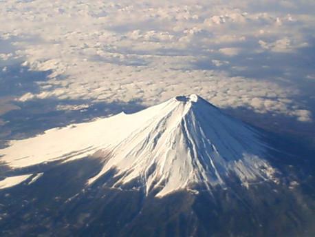 Liburan ke Jepang? Ini 5 Destinasi Wisata Anti Mainstream di Gunung Fuji