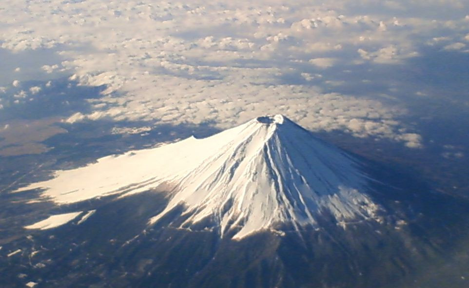 Liburan ke Jepang | Gunung Fuji (Photo: Wikipedia - Author: Goki / CC BY-SA (https://creativecommons.org/licenses/by-sa/3.0) BuLiBi Bukan Liburan Biasa