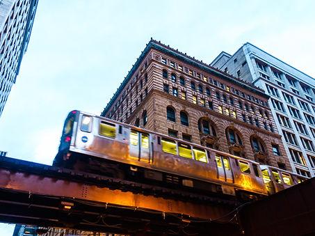 El train_shutterstock_611977415.jpg