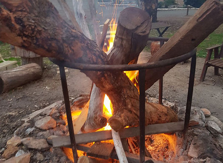 ENJOY THE WARMTH OF OUR CAMP FIRE ON WINTER EVENINGS.