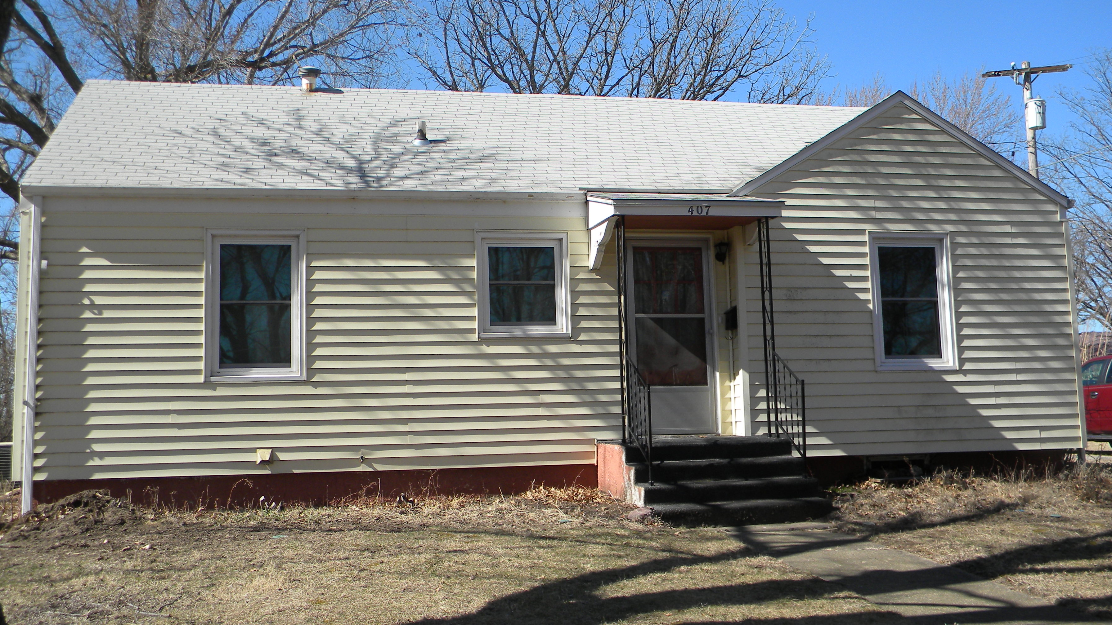 407 S. 13th St., Marysville KS
