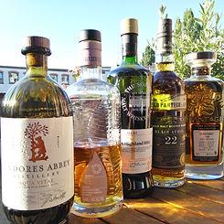 Das Foto zeigt ein Tasting bestehend aus Aqua Vitae, CoBocan, Inchmurrin, Blair Athol, Glenturret