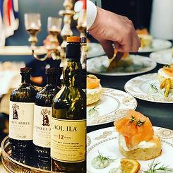 Das Foto zeigt die kulinarischen Highlights des Tearoom-Tastings im Eaton Place